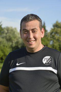 Orhan Meraja Trainer F - Jugend